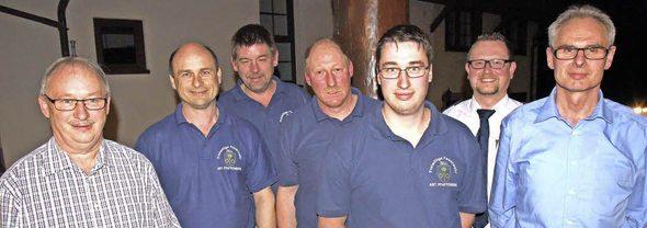 Ehrungen und Führungswechsel bei der Feuerwehr Pfaffenberg